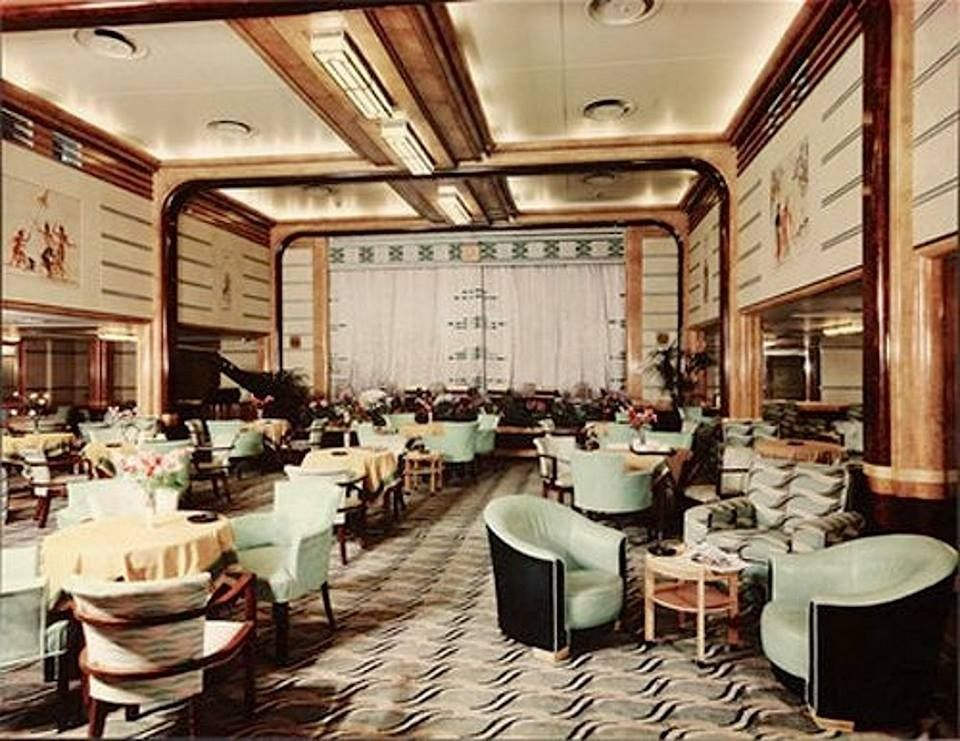 barber_wilsons_RMS_Queen_Mary_2